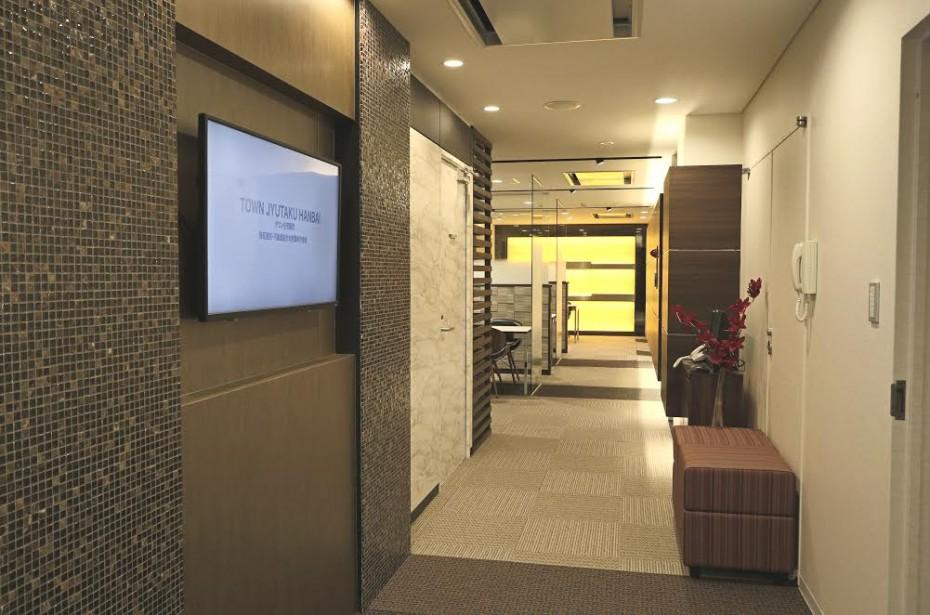 オフィス内装光壁