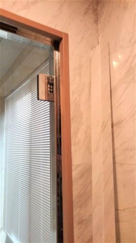 大理石 ドア枠