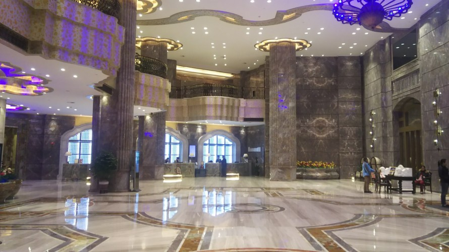 大理石ホテル内装